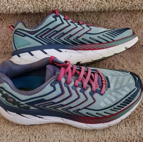 Hoka Shoes | Neutral Clifton 4 Wide 95